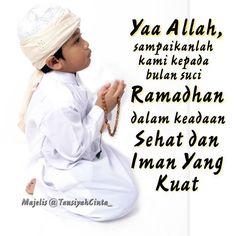 """Aamiin ya Allah... . Jadilah bagian dari 1000 orang yang berkomentar merindukan Ramadhan semoga usia kita sampai """"aamiin"""" . In sya Allah 79 hari lagi Ramadhan hadir . Klik  Like   Komentar Positif & TAG 3 orang temanmu @..  . Majelis @TausiyahCinta_  DAKWAH dan INSPIRASI Turn On Notification @PesantrenYatim  . . #TausiyahCinta #Dakwah #Inspirasi #Cinta #Love #Islam #Muslim #Muslimah  http://ift.tt/2f12zSN"""