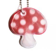 Syksyinen sieni-heijastin. 4,90 € Stuffed Mushrooms, Safety, Stuff To Buy, Stuff Mushrooms, Security Guard