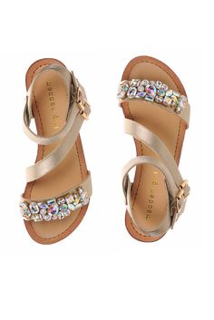 Your little princess deserves the royal treatment. Give her the crown jewels in the form of a fun, fashionable sandal!