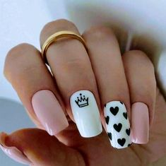 Summer Acrylic Nails, Best Acrylic Nails, Nail Designs Pictures, Nail Art Designs, Nails Design, Heart Nail Designs, Nail Design For Short Nails, Nails Short, Queen Nails