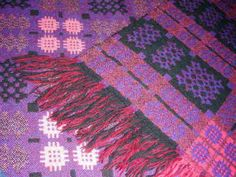 Vintage-Welsh-wool-carthen-rich-purple-pink-black-thick-fringed-blanket-throw