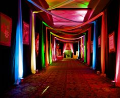 Emotion-Fun- Remind me of a surreal and infinite party Glow Party, Disco Party, Bat Mitzvah, Neon Party Themes, Dance Themes, Blacklight Party, Event Lighting, Entrance Lighting, Entrance Ideas