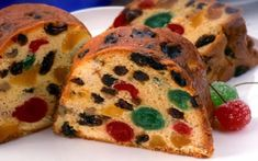 A Simple and Delicious Fruit Cake Recipe - Christmas Cake Recipe Best Ever Fruit Cake Recipe, English Christmas Cake Recipe, English Fruit Cake Recipe, Pastel Envinado, Food Cakes, Cupcake Cakes, Fruit Cakes, Fruit Recipes, Cake Recipes