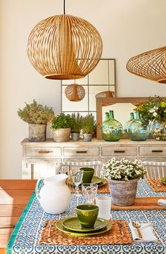 Home Decoration Ideas and Design Architecture. DIY and Crafts for your home renovation projects. Deco Restaurant, South Of Spain, Moraira, Simple Centerpieces, Home Staging, Cozy House, Home Furniture, Sweet Home, Table Settings