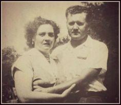 .rare photo: Vernon and Gladys Presley