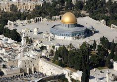 Esta terça-feira, marcamos o 9 de Av, quando o Templo foi destruído. O Templo representa nossa união. Quando restaurarmos nossa união, não precisaremos de tijolos para provar que nosso lugar é aqui em Israel. Não é segredo que a campanha…Leia mais ›