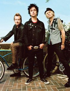 Green Day Pictures: Group Shots