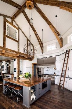 Stunning Rustic Farmhouse Style Kitchen Decorating Ideas - Countryside home . Stunning Rustic Farmhouse Style Kitchen Decorating Ideas - Countryside home decor Kitchen Styling, French Country Kitchen, Rustic House, French Country Kitchens, Rustic Kitchen Design, House Interior, Rustic Home Design, Rustic Farmhouse Style Kitchen, Kitchen Inspirations