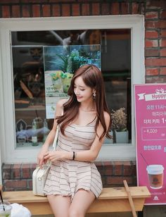 Người đẹp Yoon Ju khoe sắc tươi như hoa trong bộ ảnh thời trang tháng 6/2016