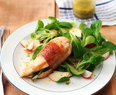 Petto di pollo con insalata di formentino e mela