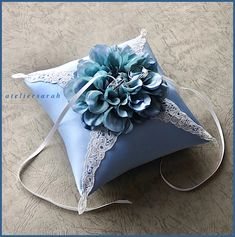 Square ring pillow decorating blue hydrangea Cushion Ring, Ring Pillow, Square Rings, Blue Hydrangea, Cushions, Pillows, Diy Crafts, Decorating, Shells