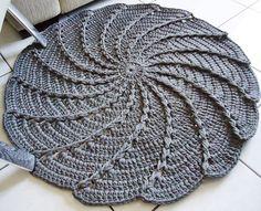 Scrap Potholders and Mats Set Crochet Pattern Crochet Trivet Patterns, Crochet Beret Pattern, Crochet Baby Bonnet, Crochet Mandala Pattern, Crochet Flower Patterns, Crochet Designs, Crochet Flowers, Crochet Stitches, Knitting Patterns