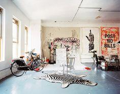 Home Tour: A Pro Skateboarder's Artistic New York Loft via @domainehome