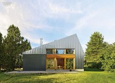 A House for All Seasons: A Retreat for Finnish Architect Anssi...