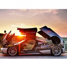 Pagani Huayra: Art, Emotion, Technology! Hit the pic to watch a stunning video of the #Huayra