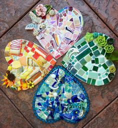 Four leaf clover Heart mosaics. The backs are pretty decopauges :)