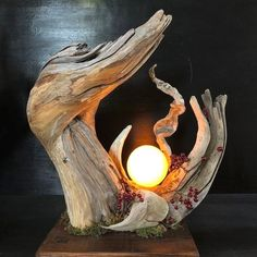 Driftwood and moonlight Leave your hand at the end of last year to .- Drivved och månlampa Lämna handen i slutet av förra året till Kyushu. # Driftwood Art … Driftwood and moonlight Leave your hand at Kyushu at the end of last year. Driftwood Furniture, Driftwood Lamp, Driftwood Projects, Driftwood Sculpture, Driftwood Ideas, Creation Deco, Wooden Lamp, Wood Art, Wood Wood