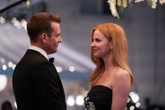 """SUITS -- """"One Last Con"""" Episode 910 -- Pictured: (l-r) Gabriel Macht as Harvey Specter, Sarah Rafferty as Donna Paulsen -- (Photo by: Shane Mahood/USA Network) Serie Suits, Suits Tv Shows, Suits Show, Suits Harvey, Suits Series Finale, Specter Suits, Harvey Specter, Donna Paulsen, Suits Quotes"""