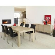 This Skovby table is perfect for the large familyholiday dinners. You can seat 6-12 people and up to 20 with additional leaves!