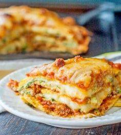 Maak eenvoudig je eigen bladen op basis van ei en mozzerella en geniet van dit koolhydraatarme lasange recept. Gevuld met Italiaans gehakt.