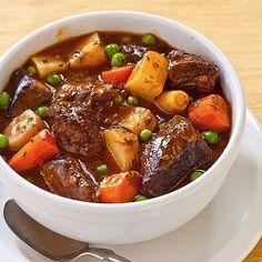 Ajouter les morceaux de patates douces, les bouquets de brocoli et les carottes dans la mijoteuse. Dans un bol, fariner votre viande et faire dorer les cubes de... Read More »