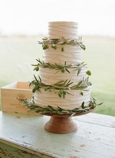Olive leaf wedding cake