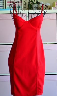 Classicred body con dress - what else can we say? Featuring classic sexy red material,plunging neckline, thin shoulder straps in a bodycon style, team it with strappy heels and hoop earrings to complete the look. This killer mini red dressis the sex bomb. Perfect for clubbing and night out! Material: cotton + spand Red Bodycon Dress, Bodycon Fashion, Bodycon Style, Strappy Heels, Plunging Neckline, Night Out, Athletic Tank Tops, Sexy