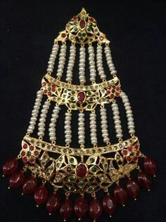 One for my wedding. Pakistani Jewelry, Indian Jewelry, Hair Jewelry, Bridal Jewelry, Asian Style, Every Girl, Stone Jewelry, Jewelery, Bride