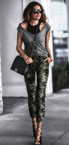 #summer #outfits Grey Tank + Camo Pants + Black Sandals // Shop This Outfit In The Link