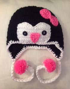 Crochet penguin hat - if only I knew how to CROCHET!!!!   I would want one of these for ME!!!