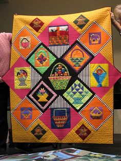 Quilt made from a basket block exchange. fantastic color/fabric placement for setting. love that little stripe Bonnie Hunter, Cute Quilts, Scrappy Quilts, Baby Quilts, Sewing Circles, Basket Quilt, Flower Quilts, String Quilts, Sampler Quilts