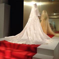Grace Kelly's wedding dress!