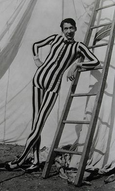 1950s Tall Slim Skinny Man In Striped Circus Performer Oufit Costume