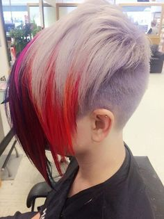 short pixie with extra long colorful bangs - top 40 asymmetrical cuts Assymetrical Haircut, Asymmetrical Hairstyles, Asymmetrical Bangs, Edgy Haircuts, Funky Hairstyles, Scene Hairstyles, Short Hair Cuts, Short Hair Styles, Short Pixie
