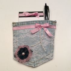 Upcycling Old Jeans Pockets Candle Warmer, Old Jeans, Upcycled Crafts, Pen Holders, Coin Purse, Note, Pocket, Sewing, Videos