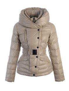 17d0057e2c29 15 Best Moncler Femme Parka Veste Fourrure images   Fur jacket ...