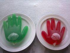 Kädet boolissa, booli-koriste. Reseptin on tehnyt Kotikokki.netin nimimerkki Silke