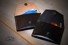 SONIUM leather goods dyed with black ink 100% Portuguese.