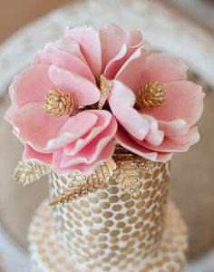 Pink Magnolia Sugarflowers cake
