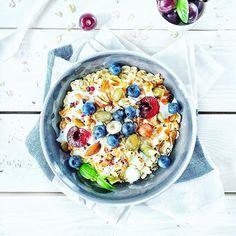 Mazurek co ekstaze w buzi powoduje Kitchen Measurements, Acai Bowl, Clean Eating, Breakfast, Instagram Posts, Food, Acai Berry Bowl, Morning Coffee, Eat Healthy