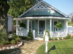 Ash Tree Cottage: Cabin Is Turning Into Beach Cottage
