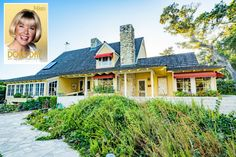 A look inside Doris Day& house in Carmel, California, where she lived after retiring from Hollywood. Her estate goes to auction April Ford Convertible, Yellow Vase, Teen Celebrities, Rock Fireplaces, Long Time Friends, Yellow Houses, The Hollywood Reporter, Celebrity Houses, Maine House