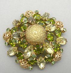 Vintage Green Rhinestone Brooch Textured Stone High Domed Filigree Ball Art Glass Open Back