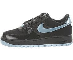 Nike Air Force 1 (GS) Youth Basketball Shoes Nike. $64.95