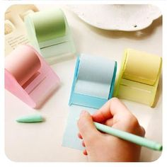 Buy Momoi Sticky Note Dispenser at YesStyle.com! Quality products at remarkable prices. FREE WORLDWIDE SHIPPING on orders over US$35.