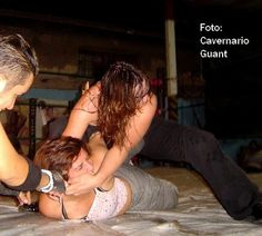 The Luchadoras - American Angel vs Arianna