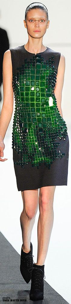 This Akris F/W 14 look has us green with envy. For head-turning looks, make your way over to http://balharbourshops.com/