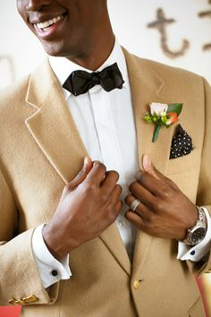 There is something so very romantic about a small, intimate wedding. And this photo shoot captured by Amy Anaiz Photography is proof. Infused with Brooklyn charm and gorgeous floral details by Mak. Wedding Men, Wedding Styles, Dream Wedding, Wedding Groom, Dapper Dan, Groom And Groomsmen, Groom Attire, Groom Style, Marie