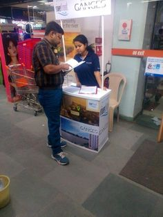 Hiland's  Riverfront & Ganges Promotions - A customer seeking more information on the project at Big Bazaar, Kolkata.