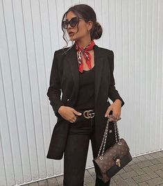 43 Office Outfits Highlight the Independent Side of Women suit, work outfits, office, handsome, work best sophisticated work attire and office outfits for women Office Outfits Women, Casual Work Outfits, Business Casual Outfits, Mode Outfits, Work Attire, Classy Outfits, Fashion Outfits, Womens Fashion, Business Attire